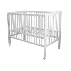 lit bébé à barreaux de coloris blanc réglable en hauteur