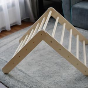 triangle pikler réglable dans salon