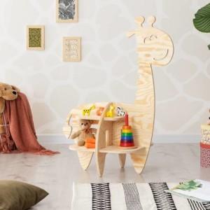 meuble étagère montessori en forme de girafe